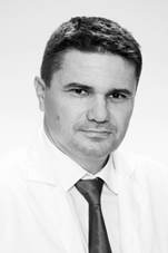 dr. Peterka Csaba